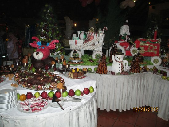 Be Live Collection Marien: Christmas at the buffet