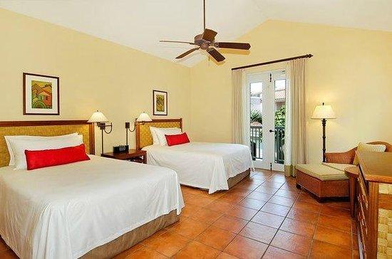 Las Casitas Village, A Waldorf Astoria Resort: Double Room in Three Bedroom Villa