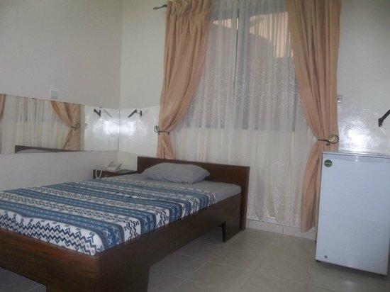 Le Caïlcédrat : Single room