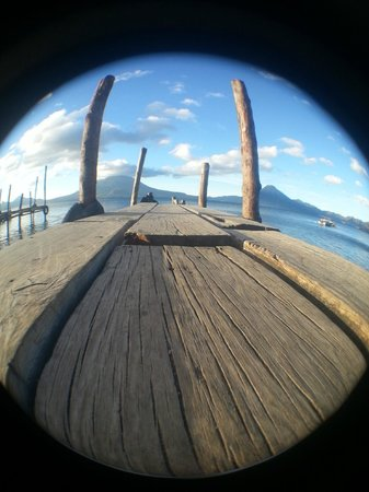 Atitlan Adventure Tours: Public deck at Panajachel - 6:00 am.