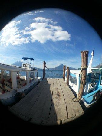 Atitlan Adventure Tours : Public deck at Panajachel, about 8:30 am.