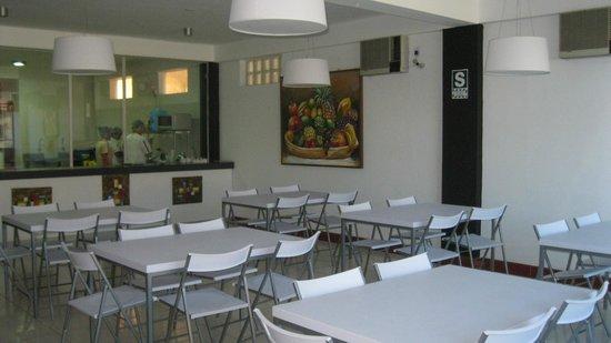 Hotel El Sauce Inn: Comedor