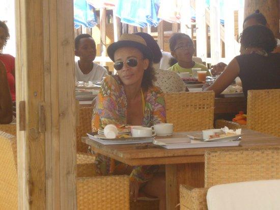 HOTEL CAP MACABOU : petit dej