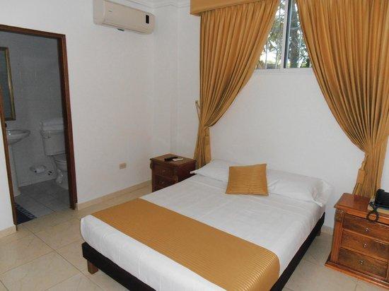 Hotel San Miguel Imperial: Habitacion