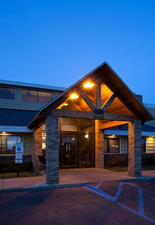 AmericInn Lodge & Suites Bismarck : AmericInn of Bismarck, ND Welcomes You!