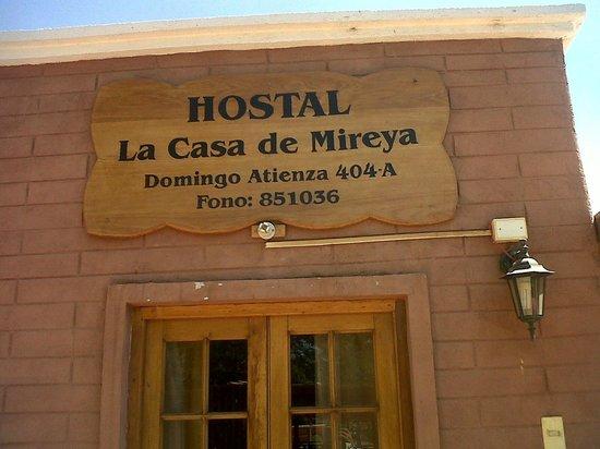 La Casa de Mireya: Entrada