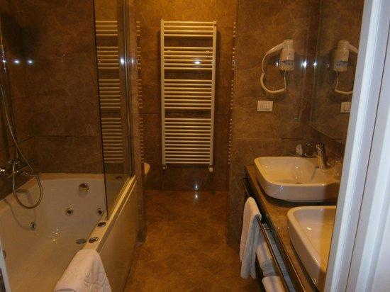 Palazzo San Lorenzo Hotel & Spa: Il Bagno