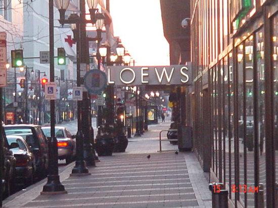 Loews Philadelphia Hotel: LOEWS sign from sidewalk