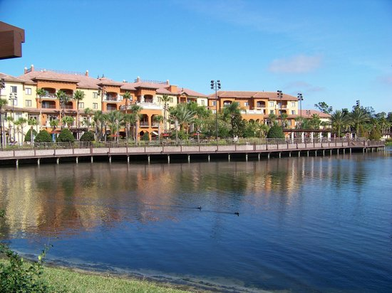 Wyndham Bonnet Creek Resort: Main buidling from across the lake