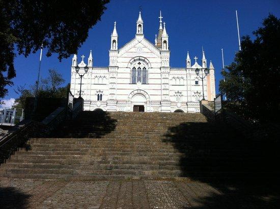 Hotel Ristorante Montallegro: Basilica