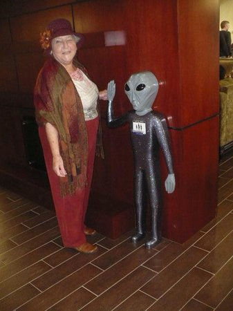 Hampton Inn & Suites Roswell: LITTLE SPACE MAN AND ME