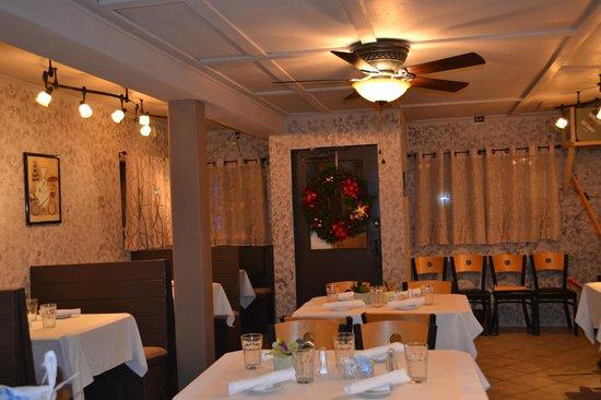 Serenity Bistro: Dinning Room