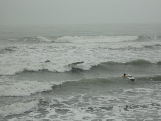Bahia de Baler: Surfing at Sabang Beach