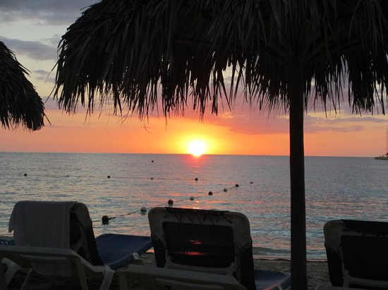 Sandals Negril Beach Resort & Spa: sunset in Negril