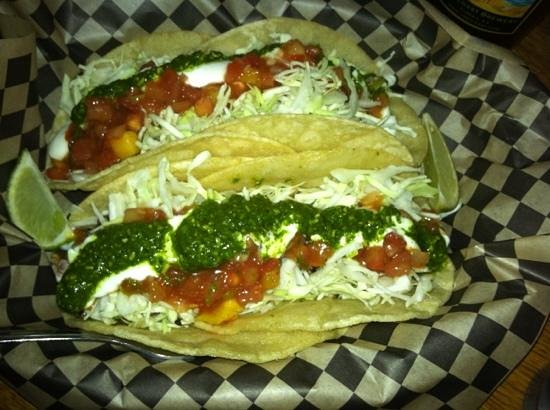 Circle J Cafe: grilled fish tacos! yum!