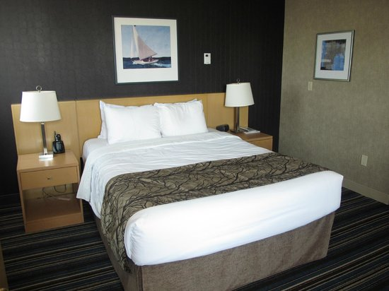 Blue Horizon Hotel: Comfortable bed