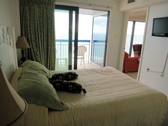 Forest Dunes Resort: Oceanfront Bedroom in Room 909