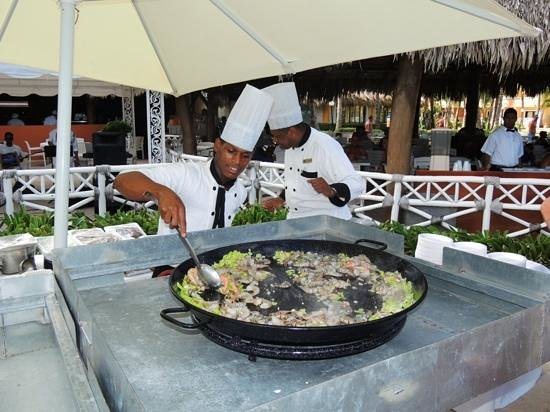 Grand Bahia Principe Punta Cana: great poolside lunch