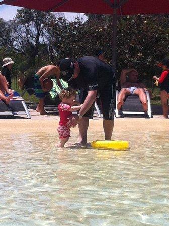 Ramada Resort Diamond Beach : The main pool