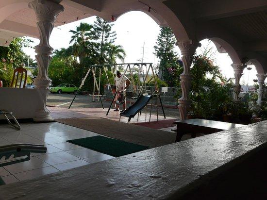 Surf Side Hotel Tobago: Suficiente para una estadia corta