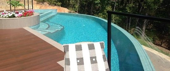 Warrawong Lodge: Infinity Pool