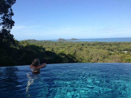 Warrawong Lodge: Double Island