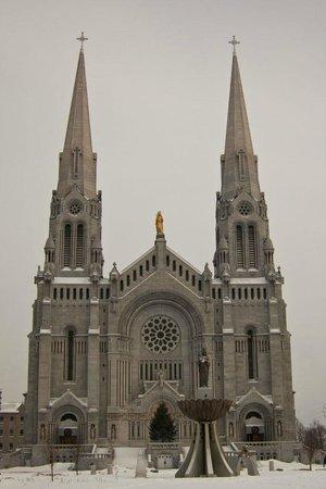 Sainte Anne de Beaupre, Kanada: basilica