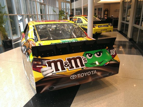 Joe Gibbs Racing: Kyle's Car