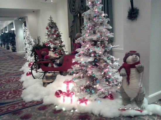 Washington Duke Inn & Golf Club: Holiday decorations