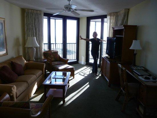 Pointe Estero Beach Resort: Living Room
