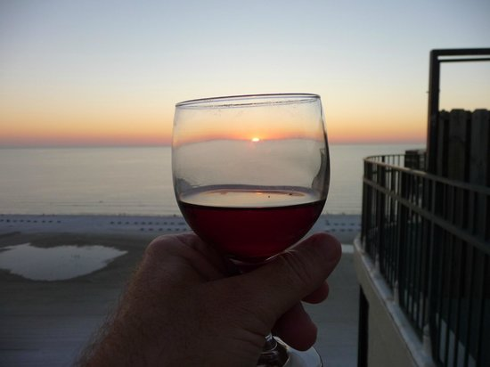 Pointe Estero Resort: Sunset through glass