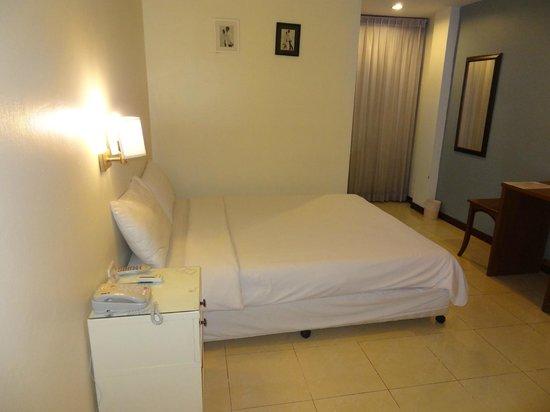 JL Bangkok: ベッド
