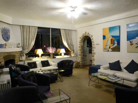 Logis Hotel des Cayrons: Salle de séjour