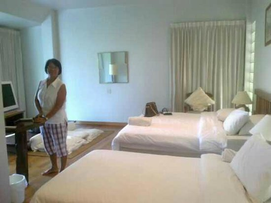 Hakuna Matata Natural Resort : Mom in her en suite