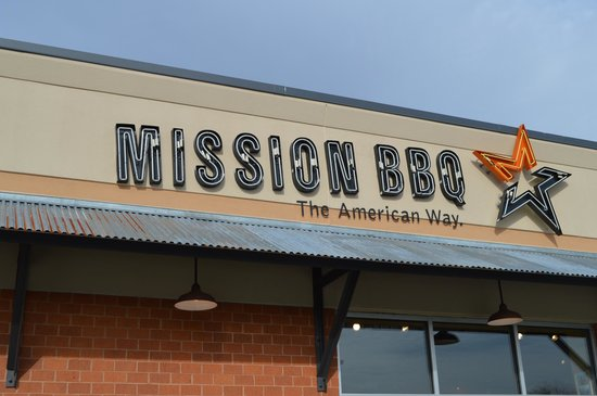 Mission BBQ : Sign Out Front