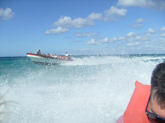 Grand Bahia Principe La Romana: Speadboat direction Saona