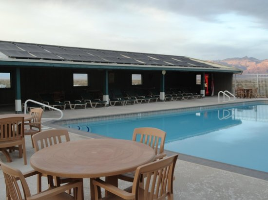 Stovepipe Wells Village Hotel: Pool 4