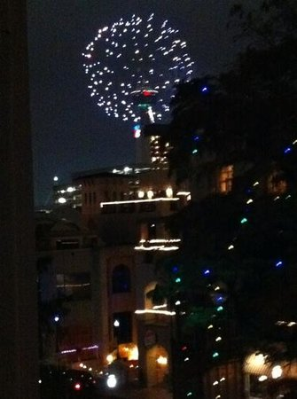 Omni La Mansion del Rio: Fireworks on New Years Eve from our 5th floor shared balcony