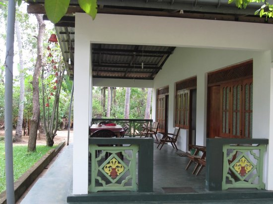 Lakmini Lodge: One of the area for rooms