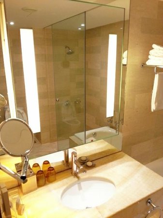 hotel bathroom mirrors bathroom mirror with ample lighting picture of traders 13168