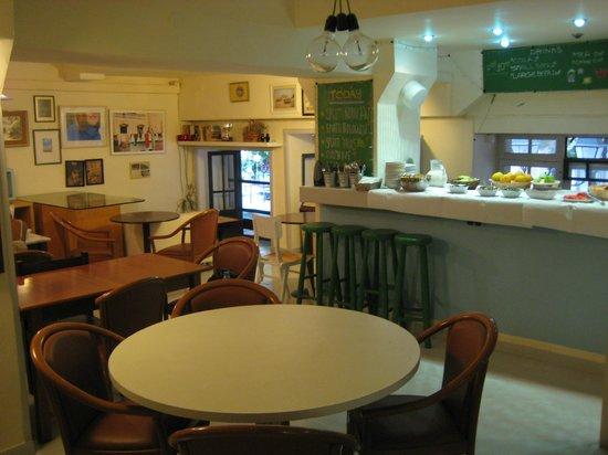 Hotel Fivos: Canteen