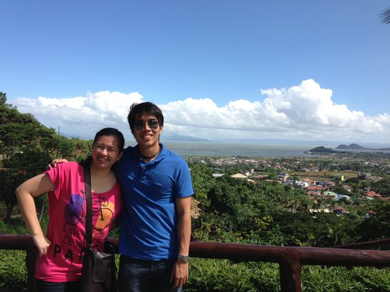 Sol Y Viento Mountain Hot Springs Resort: Overlooking Laguna Lake