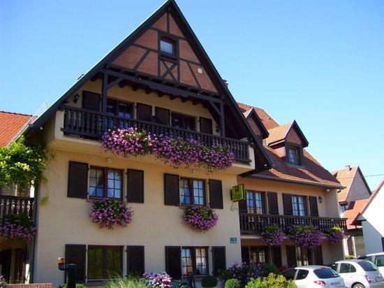 Hotel-Restaurant A l'Etoile - Logis: Hôtel