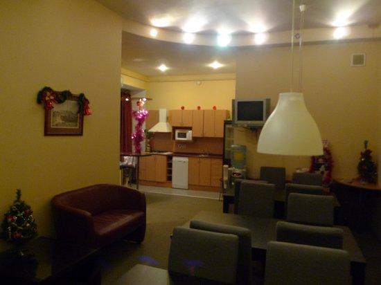 Roses Hotel: Общая часть 2-го этажа
