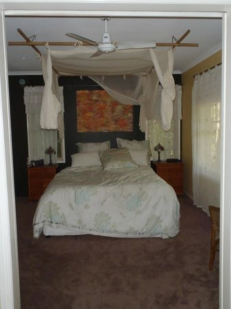 Narrows Escape Rainforest Retreat: Bedroom