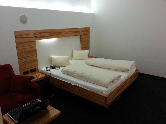 Hotel-Gasthof Löwen: Bett für 2 ;-)