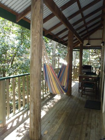 Narrows Escape Rainforest Retreat: Outdoor balcony