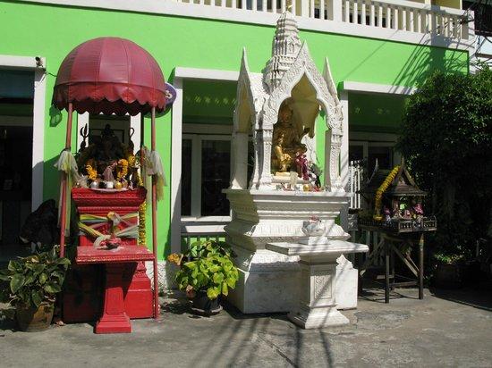 Sawasdee Sukhumvit Inn: 外觀