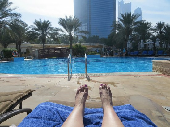 Hilton Abu Dhabi: Loved the beautiful pools