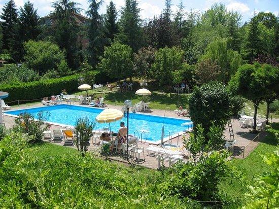Godiasco, Italy: piscina